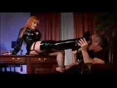 Rendezvous Dominatrix Fucks VIP